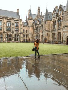 Universidad de Glasgow mujer